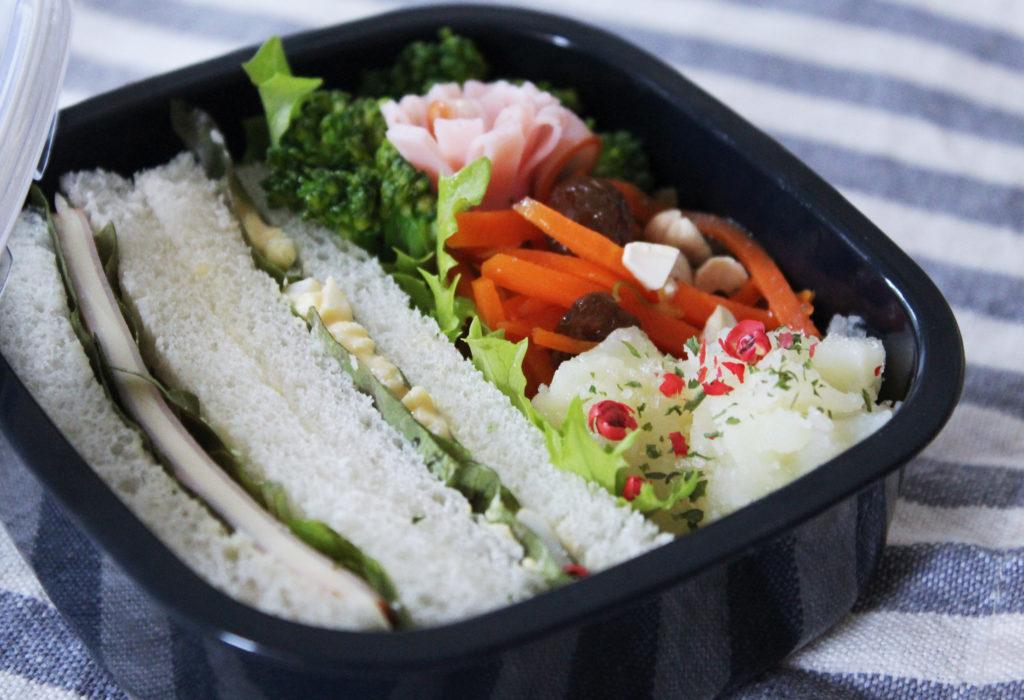 ハム&たまごサンドウィッチのおこさま弁当 - お弁当の詰め方と盛り付けのコツ - 幼稚園年少さん