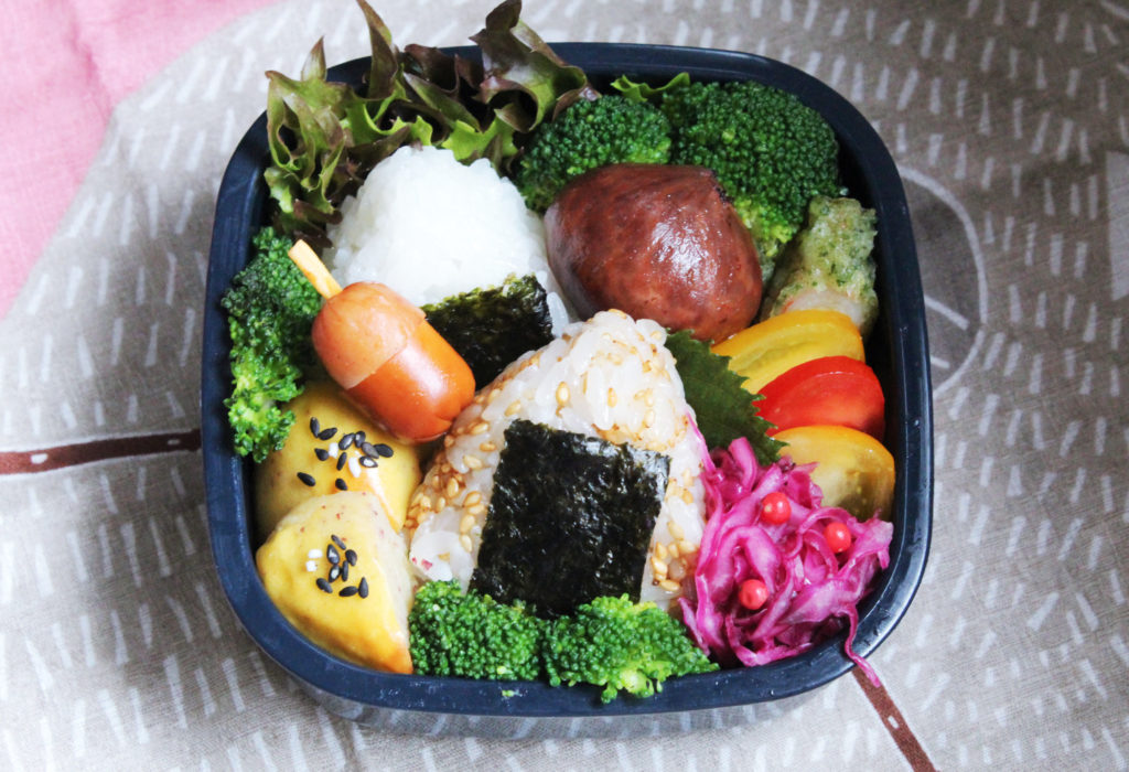 さつま芋・栗・どんぐり - 秋のおこさま弁当 - お弁当の詰め方と盛り付けのコツ - 幼稚園年少さん